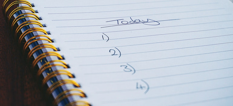 A to-do list that can help you cope with moving stress