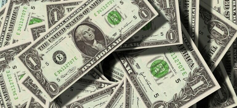 A pile of dollars that can remain in your pocket of you manage to avoid hidden costs of moving